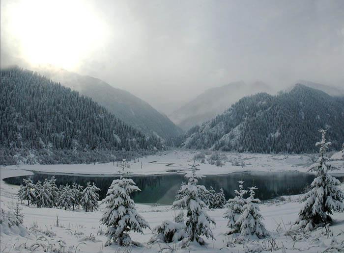 Иссыкское озеро фото дня