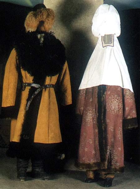 Казахский национальный костюм.